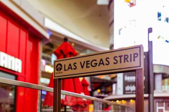las vegas strip signage